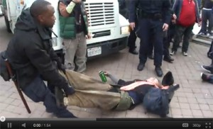 occupy-oakland_police_dragging_woman_thanksgiving_day_2011
