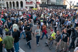 occupy-oakland-general-strike-crowd
