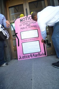 Codepink's Weekly Peace Vigil @ on the steps in front of Senator Diane Feinstein's office | San Francisco | California | United States